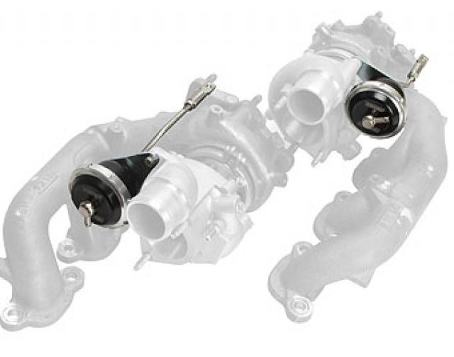 Turbosmart IWG75 Nissan GTR R35 7 PSI Black - KIT