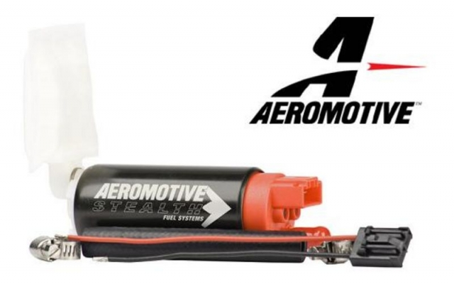 Aeromotive 340 LPH Fuel Pump, Offset inlet - inlet w/ outlet 11142